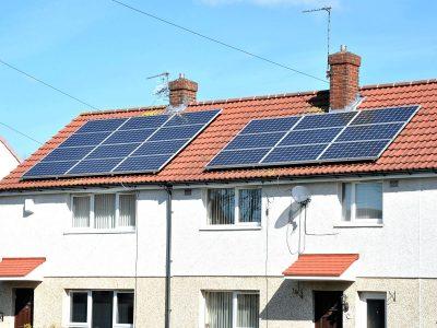 Dossier: Heizungssanierung mit Erneuerbaren Energien